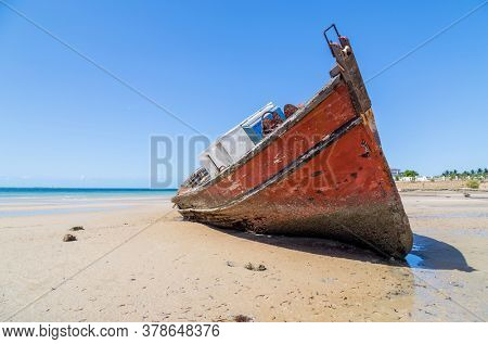 Ship at Magaruque island formerly Ilha Santa Isabel is part of the Bazaruto Archipelago off the coast of Mozambique.