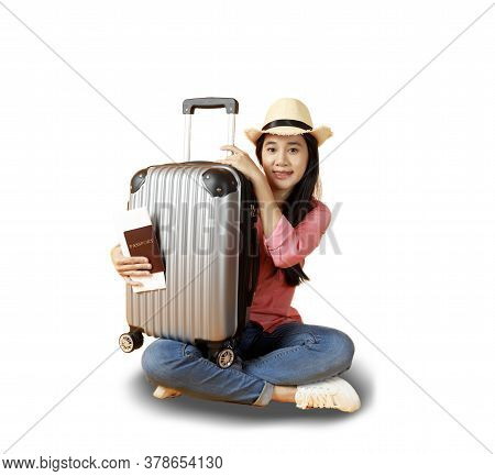 Asian Women Long Hair Smiling Wear Straw Hat, Sitting In Hand Holding Passport Book And Travel Bag .