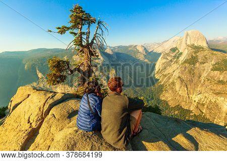 Yosemite, California, United States - July 9, 2019: Couple Of Tourists At Glacier Point In Yosemite