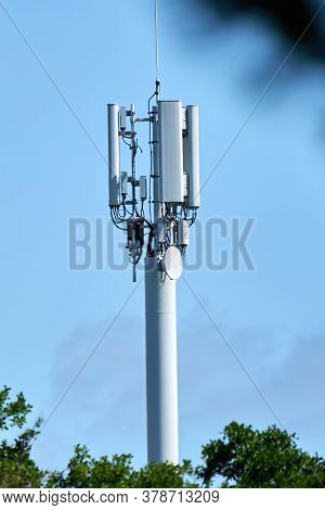 5g Network Connection Concept-5g Smart Cellular Network Antenna Base Station On The Telecommunicatio