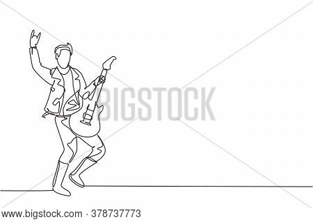 One Single Line Drawing Of Young Happy Male Guitarist Playing Electric Guitar On Music Festival Stag