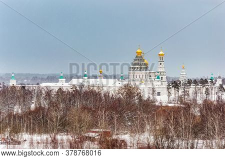 Panorama Of The Resurrection New Jerusalem Stavropol Monastery In The City Of Istra, On A Cloudy Win