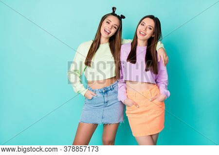 Photo Of Two Cool Funny Sisters Ladies Best Friends Youth Outfit Hugging Beaming Smiling Wear Croppe