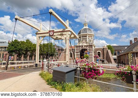 Leiden, Netherlands - July 21, 2020: Historic Entrance Gate Morspoort To The Centre Of The City Leid