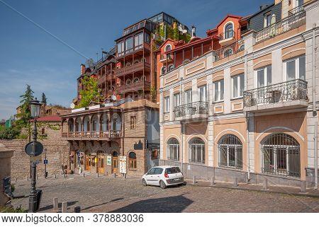 Georgia, Tbilisi - April 30, 2020: Old Street Metekhi In Tbilisi. Capital Of Georgia