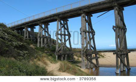 Railway trestle bridge