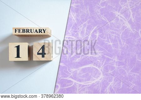 February 14, Empty White - Violet Background With Number Cube.