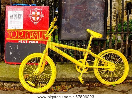 One of many yellow bikes in York for the 101st Tour De France