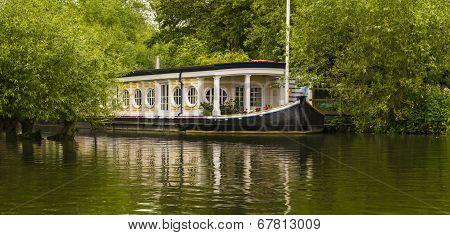 Thames Riverboat