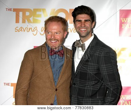 LOS ANGELES - DEC 7:  Jesse Tyler Ferguson, Justin Mikita at the