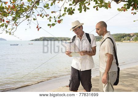 Travel: Lost tourists with map
