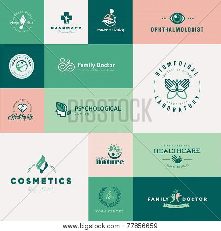 Set of modern flat design healthcare icons