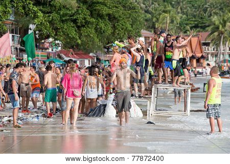 Haad Rin Beach During The Full Moon Party In Island Koh Phangan, Thailand