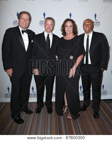 LOS ANGELES - FEB 11:  Patrick Wayne, Gary Sinise, Anita Swift, J.R. Martinez at the 30th Annual John Wayne Odyssey Ball at the Beverly Wilshire Hotel on April 11, 2015 in Beverly Hills, CA