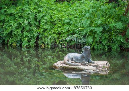 Sculpture Of An Otter