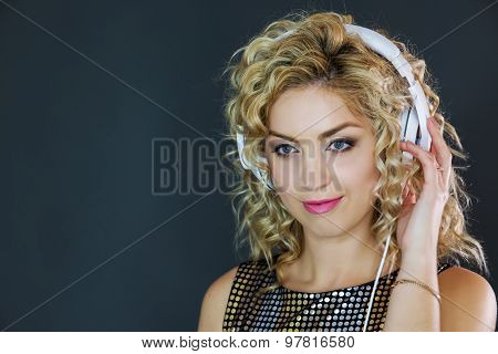 Pretty Woman Listening To Music