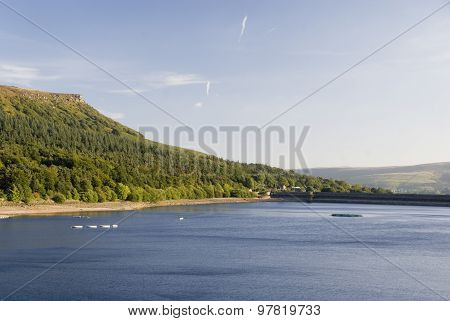 Labybower Reservoir, Peak District, UK