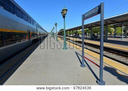 Amtrack Train 713 Northbound
