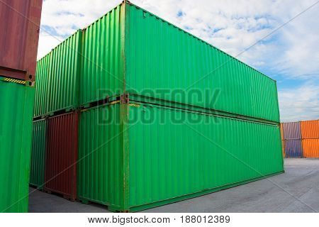 container for shipping & delivery import export box.