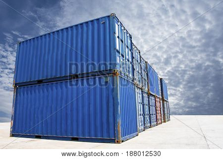 container international for trade & shipping save your goods.