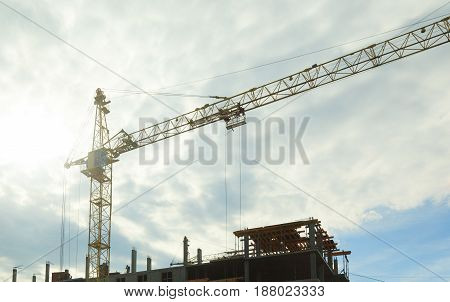 Construction With Cranes
