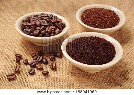 coffee beans fine and coarse ground coffee