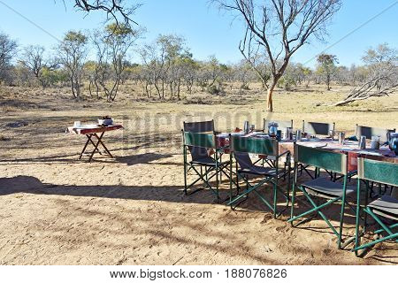 Picture of a table set up for lunch during safari in South Africa.