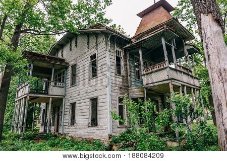 Old abandoned wooden house in Voronezh, Russia
