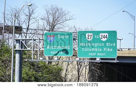Street signs in Washington to Richmond - WASHINGTON - DISTRICT OF COLUMBIA