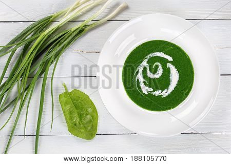 Pureed Vegetable Cold Soup Of Spinach