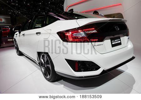 Honda Clarity Fuel Cell Car