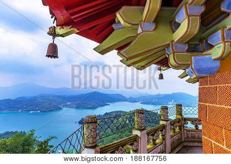 Ci'en pagoda architecture with Sun Moon Lake