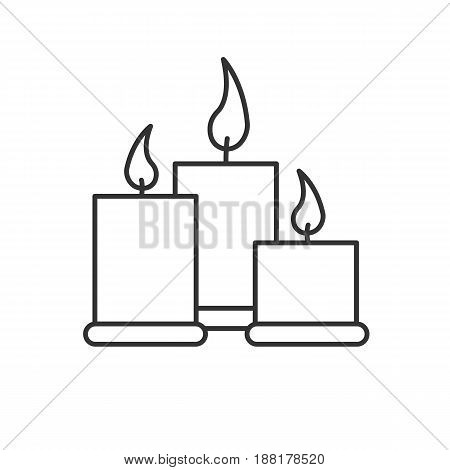 Spa salon candles linear icon. Thin line illustration. Aromatherapy contour symbol. Vector isolated outline drawing