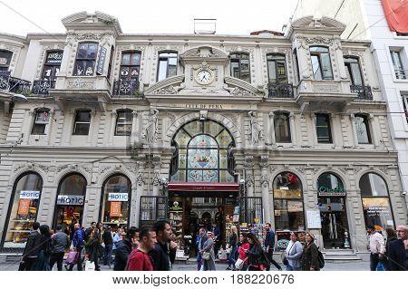 Cicek Pasaji In Istanbul