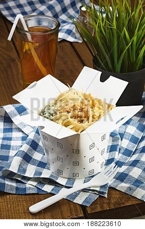 Carbonara With Chesse In A Box For Fast Food, Pasta With Cheese.