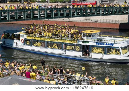 Many Bvb Fans / Borussia Dortmund Fan  In  Berlin