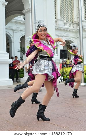 Chinese Dancer Performs At Istana In Singapore