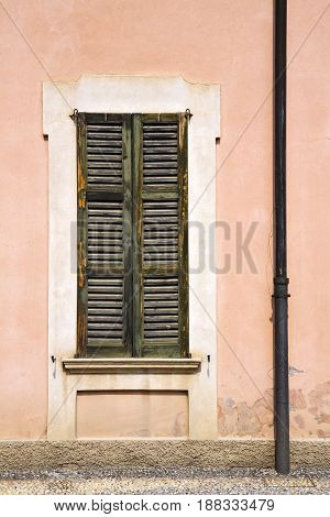 Window  Varese Palaces Italy    In The Concrete