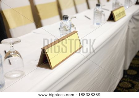 Tent card standing on a meeting desk ready for meeting