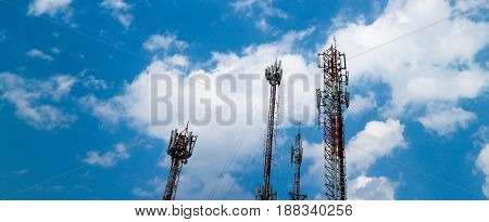 Electric pole, Sky, Electric, Lighting, Antenna, Phone transmitter antenna, control, transmitter antenna