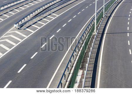 Multiband asphalt track removed from bridge height