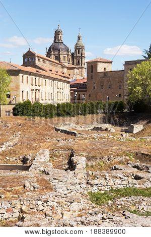 Church of La Clerecia, Salamanca and Calle Balmes excavations