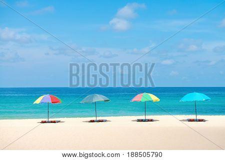 Many-coloured Beach Parasol Sunshades