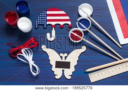 Painting souvenirs and gifts by July 4 celebration of Independence Day. Original children's art project. DIY concept. Step-by-step photo instruction. Step 5. Gluing the magnets
