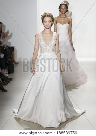 Kelly Faetanini- Spring 2018 Collection - New York Fashion Week Bridal