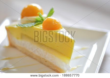 fruit tart or fruit cake mango cake (mango sticky rice cake)