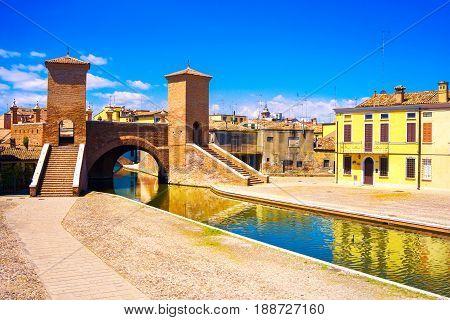 Comacchio Tre Ponti or Trepponti three way bridge. Ferrara Emilia Romagna Italy Europe