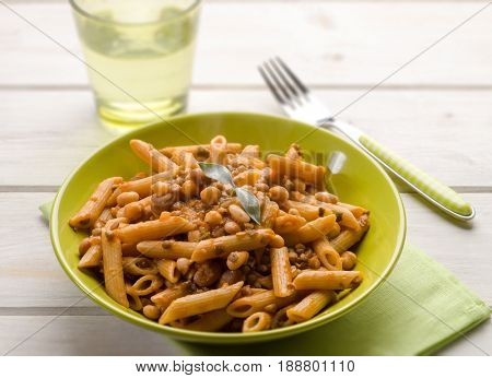 integral pasta with mixed legumes; selective focus