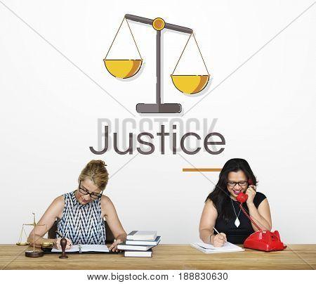 Illustration of justice judgement scale