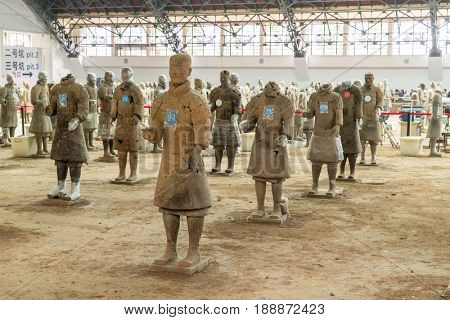 XIAN, SHAANXI PROVINCE, CHINA - AUG 1, 2016: The Terracotta Army at Xian China on Aug 1, 2016, The Terracotta Army is a collection of terracotta sculptures depicting the armies of Qin Shi Huang